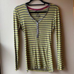 No Boundaries Yellow and Gray Long Sleeved Shirt